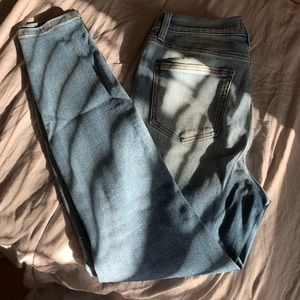 Oasis Woman High Waisted Ripped Jeans